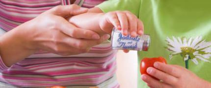 Fluoridprophylaxe für Säuglinge und Kinder weiterhin wichtig