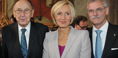 Hans-Dietrich Genscher erhält Apollonia-Preis 2012