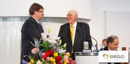 Jubiläum bei BEGO: Joachim Weiss feiert seinen 90. Geburtstag