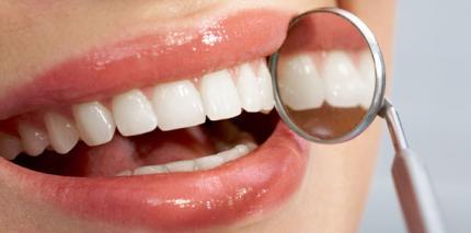 Sanft & schonend gegen die Ursache von Parodontitis