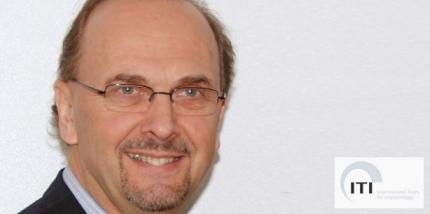 Daniel Buser erhält den Brånemark Osseointegration Award 2013
