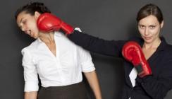 Chef beschimpft - Arbeitnehmer müssen mit Kündigung rechnen