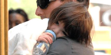 Promikind Suri Cruise: Kinderkrone durch schlechte Mundhygiene