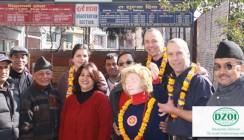 Klinik in Kathmandu: Direkte Hilfe für Rettungsinsel vieler Erdbebenopfer