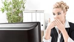 Arbeitnehmern droht bei anzüglicher E-Mail fristlose Kündigung