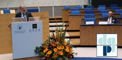 """""""Parodontologie 2010: Exzellenz in der Forschung – Exzellenz in der Praxis"""""""