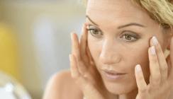 Schlechte Mundhygiene führt zu Falten