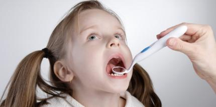 Behandlung von Kindern und Jugendlichen