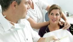 Anzahl angestellter Zahnärzte steigt