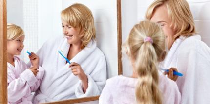 Frühe Sensibilisierung der Eltern für Zahngesundheit