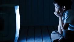 Späte Schlafenszeiten erhöhen das Kariesrisiko