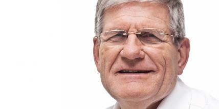 Dr. Klaus Schumacher wird 70