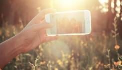 Selfies lassen die Haut schneller altern