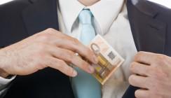 Steuerhinterziehung rechtfertigt Kündigung