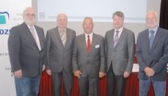 ZTM Uwe Breuer bleibt Präsident des VDZI