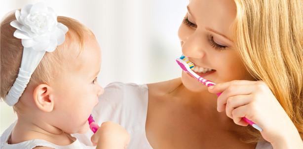 Gesunde Zähne: Vorsorge beginnt schon im Mutterleib - ZWP
