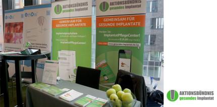 Aktionsbündnis gesundes Implantat beim Forum Implantologie in Hamburg