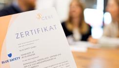 Medizinproduktehersteller BLUE SAFETY nach DIN EN ISO 13485 zertifiziert