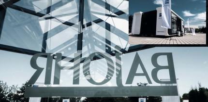 """Der ZEISS """"Dental Experience Truck"""" bei Bajohr OPTECmed"""
