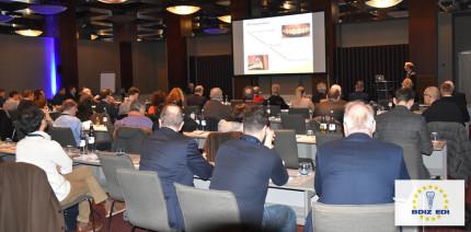 Das 15. Experten Symposium: All about Periimplantitis