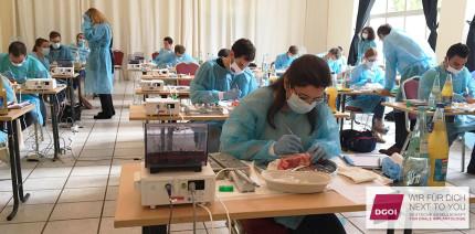 Zertifiziert in Implantologie: Sicher und praxisbezogen