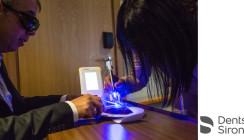 Anwendungsmöglichkeiten des SiroLaser Blue auf WFLD-Kongress vorgestellt