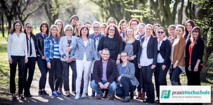 Erste Betriebswirte zahnärztliches Abrechnungs- und Praxismanagement