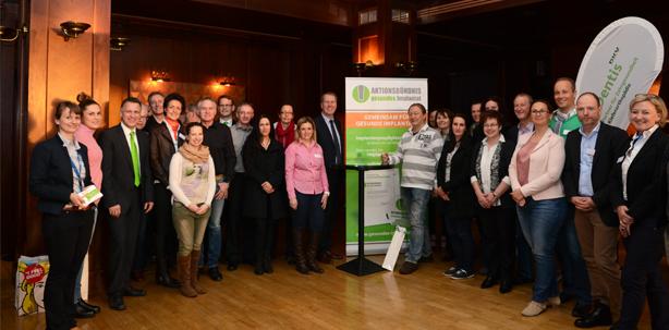 Aktionsbündnis gesundes Implantat präsentiert Qualitätssiegel