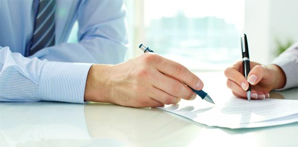 Namenskürzel reicht als Unterschrift auf Arbeitsvertrag nicht aus