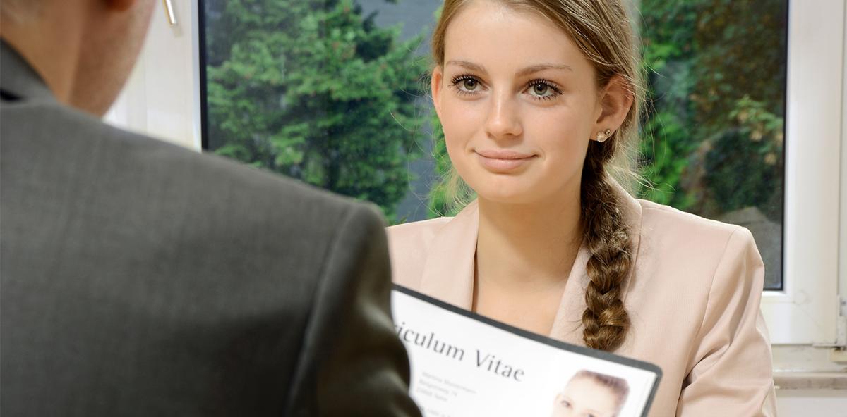 Von Probezeit bis Urlaub: Was in den Ausbildungsvertrag muss