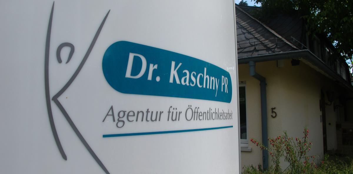 Dr. Kaschny PR und dentale Nachrichten-Agentur fusionieren