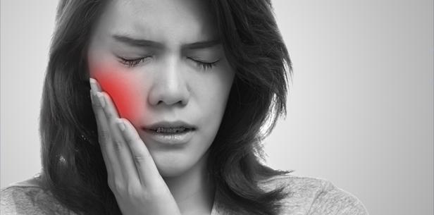 Krebspatienten leiden oft an Schmerzen im Mundraum