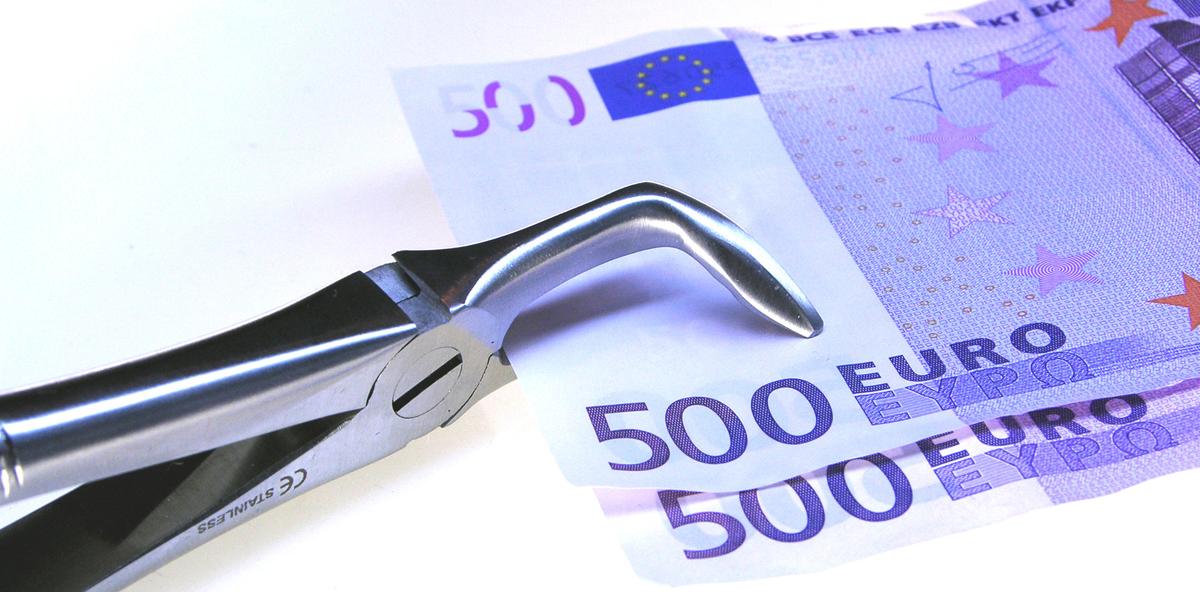 Deutsche finanzieren Zahnersatz mit Krediten