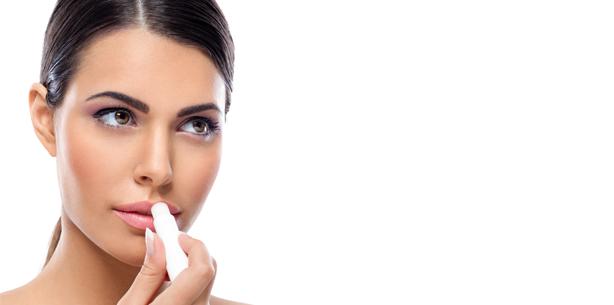 Stiftung Warentest: Auf Lippenpflege mit Mineralöl verzichten