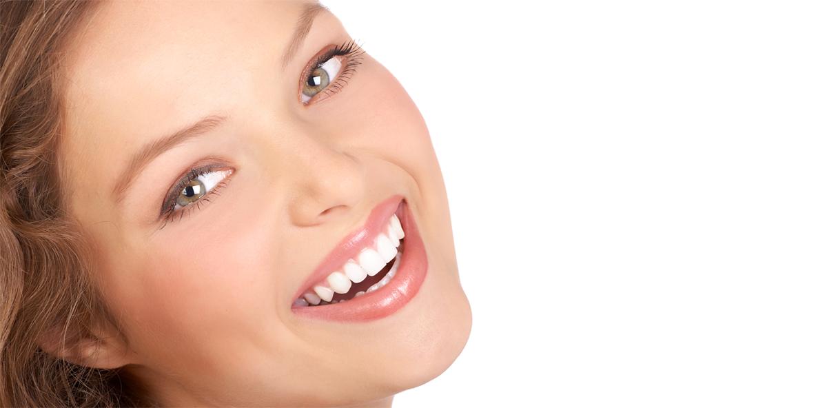 Schweizer Models und Zahnmedizinstudenten haben die Zähne schön