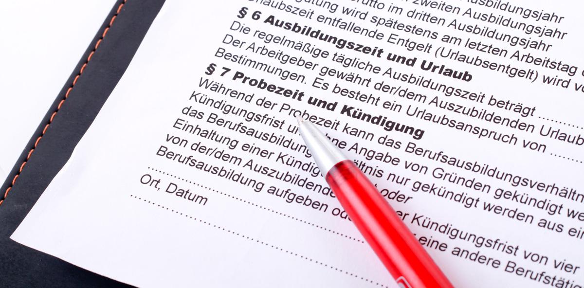 Ausbildungsvertrag endet automatisch mit bestandener letzter Prüfung
