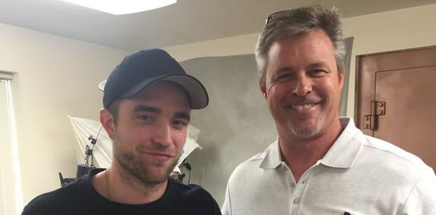 Robert Pattinson beim Zahntechniker