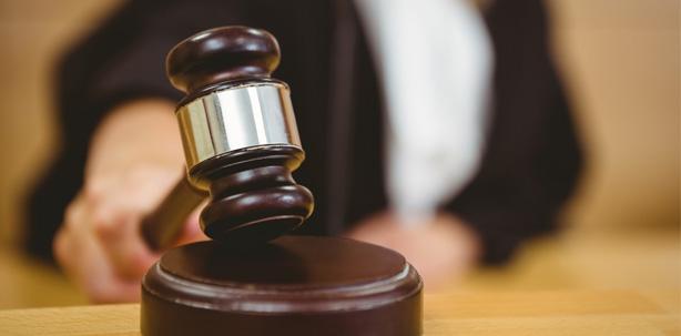 Urteil: Schon bei Straftatverdacht können Lehrlinge entlassen werden