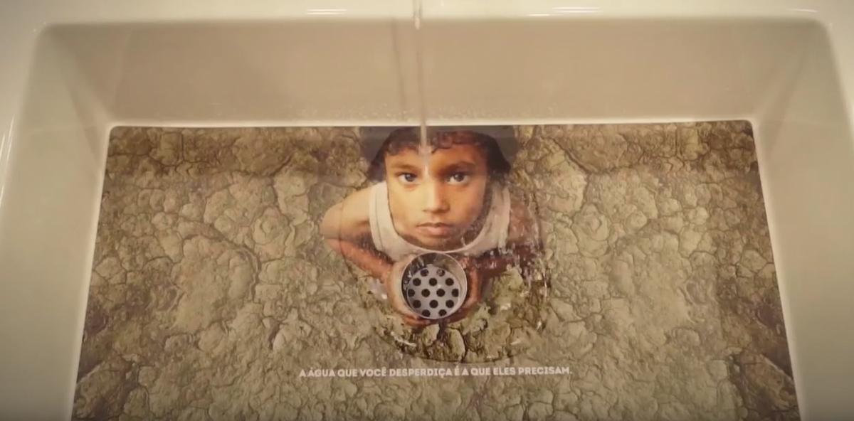 Colgate animiert zum Wassersparen