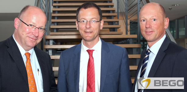 Wirtschaftssenator Günthner besucht BEGO