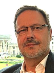 Dr. Dirk U. Duddeck