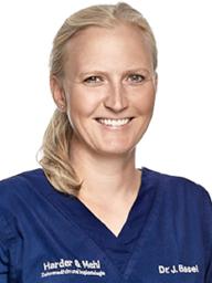 Julia Basel