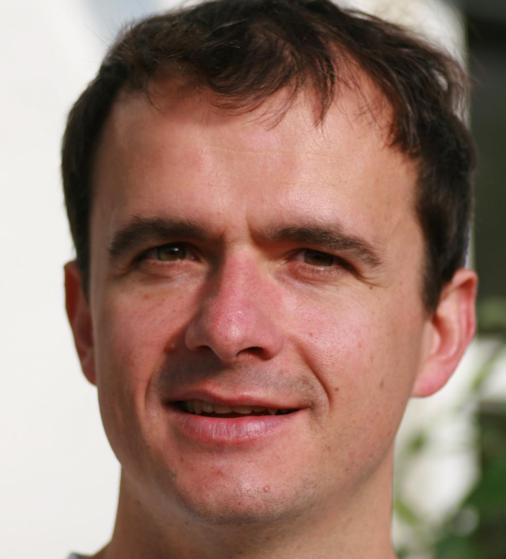 Dr. Armin Konnert