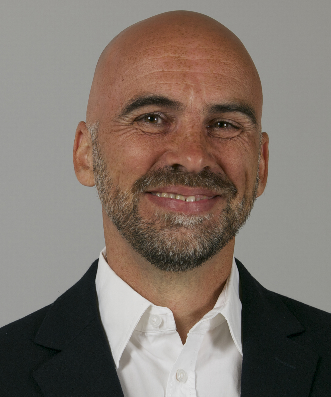 Dr. med. dent. Martin Chares