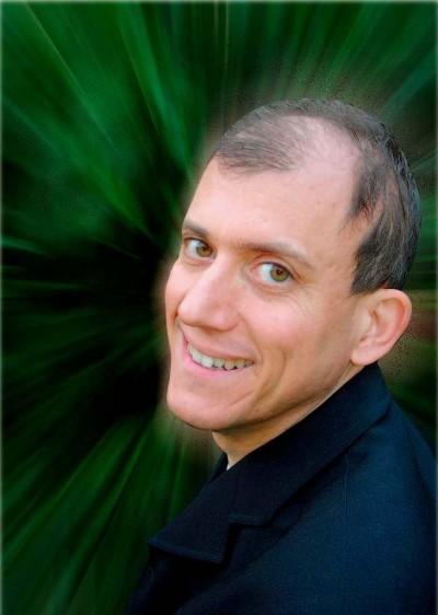 Dr. Darius Moghtader