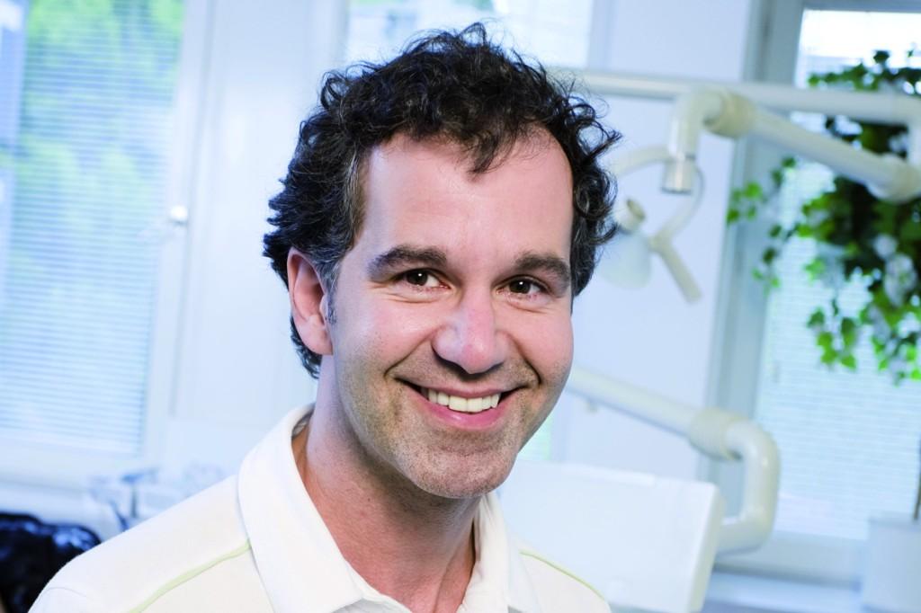 Dr. Kianusch Yazdani