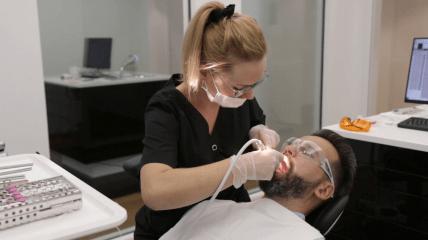DGKZ Imagefilm: Das können Zahnärzte für ein schönes Patientenlächeln tun